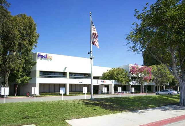 FedEx Building in Costa Mesa sells for $33.4M