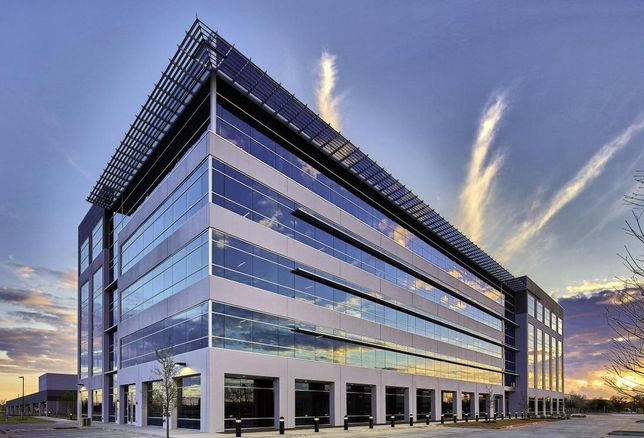 BroadSoft will occupy an entire 36K SF floor in Building One at Platinum Park, a 166K SF, Class-A office project at 6000 Tennyson Parkway in Plano. Stream's Matt Wieser and Ryan Evanich represented landlord Stream in the transaction. Granville Jenkins with Swearingen represented BroadSoft. Stream developed, manages and leases Platinum Park. Stream's Jerry Mays managed the construction and interior finish-out of the office space that includes a fitness center, tenant lounge, and conference facility.