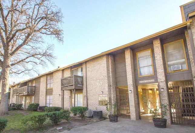 A Washington-state multifamily investor sold the 72-unit Villa Encanto Apartments at at 2850 Clydedale Dr. in northwest Dallas to a local buyer in an all-cash off-market transaction. National Apartment Advisors' Sam Pettigrew represented the seller, OCF LLC, in a direct deal with Dallas Villa Encanto Apartments LLC.