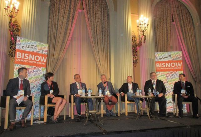 Matthews Real Estate Investment Executive Vice President David Harrington, Colliers International Executive Vice President Kitty Wallace, Universe Holdings CEO Henry Manoucheri, MJW Investments CEO Mark Weinstein, GH Palmer Chief Investment Officer Steve Fink, Hunt Mortgage Group Senior Managing Director Vic Clark and Invesco Director of Multifamily Rob Taylor
