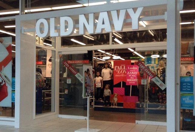 Old Navy Thumbs Nose At Retail Apocalypse, Plans To Almost Double Number Of Stores