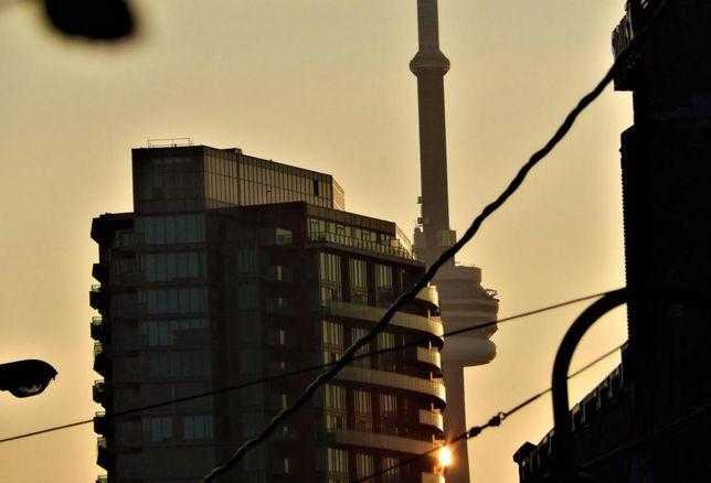 CN Tower apartment