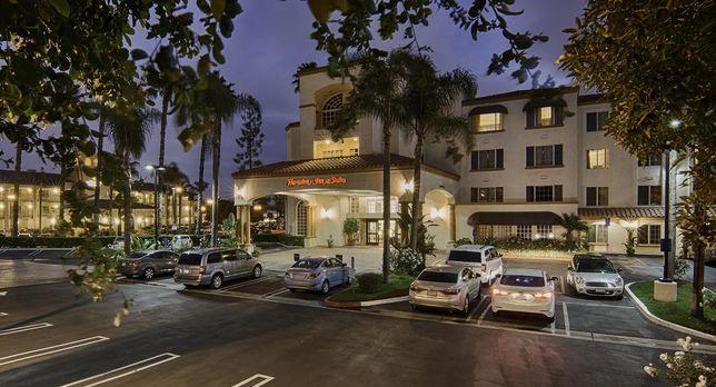 Hampton Inn and Suites Santa Ana/OC Airport