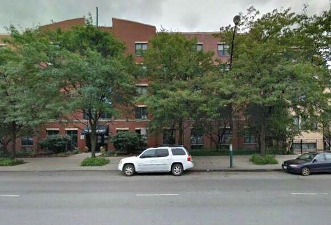 Renaissance West Apartments, Chicago