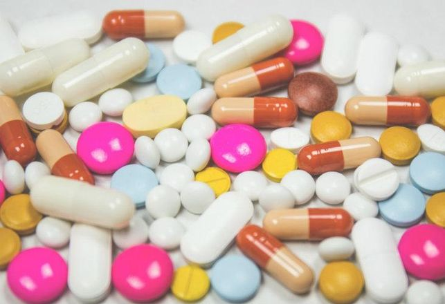 Vitamins, pills, Vitamin World