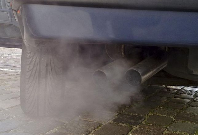 exhaust fumes pollution cars traffic