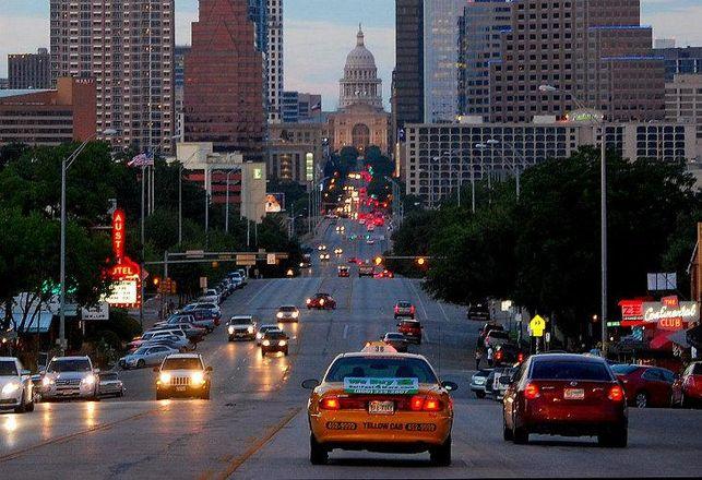 Congress Avenue, Austin