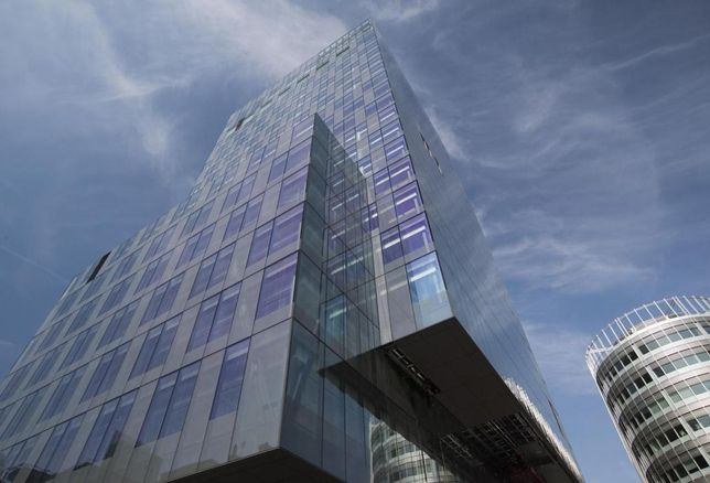 No 1 Spinningfield, Manchester, developed by Allied London, the 308K SF block now sold to a joint venture lead by Schroders Feb 2018