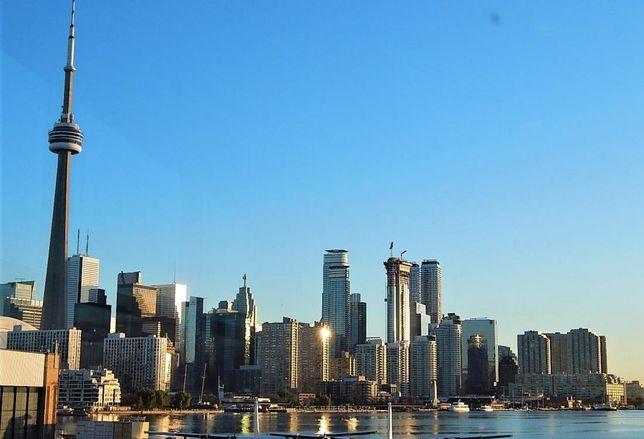 Toronto skyline CN Tower Choice Properties CREIT