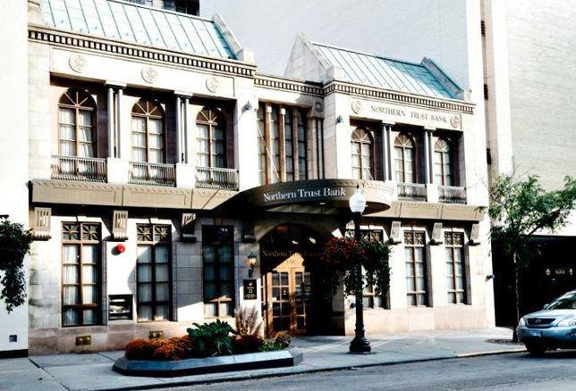 118-120 East Oak Street, Chicagp
