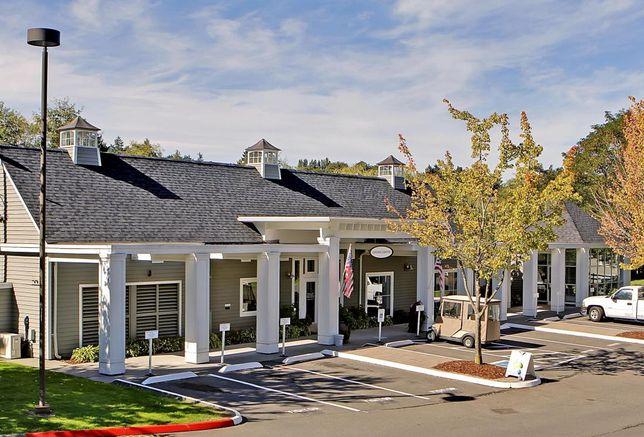 West Ridge Park Apartments Changes Hands