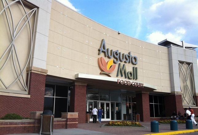 Critics Fear Brookfield-GGP Takeover Could Lead To The Undervaluing Of Class-A Malls
