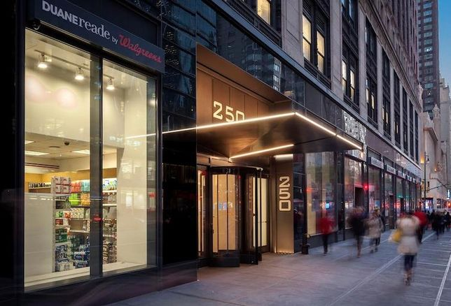 NYC Retail Rents Fell 20% In The First Quarter Of The Year