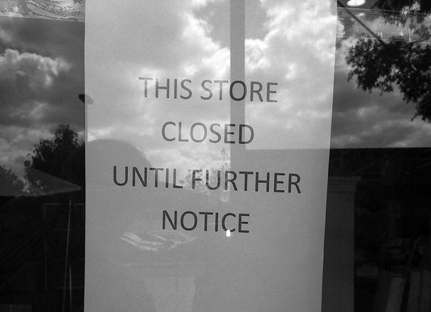Store closed notice