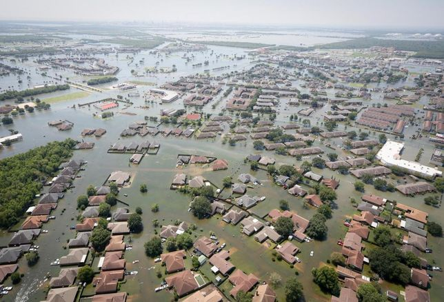 Data Center Operators Invest In Facilities To Withstand Floods, Earthquakes, Tornadoes And Fires