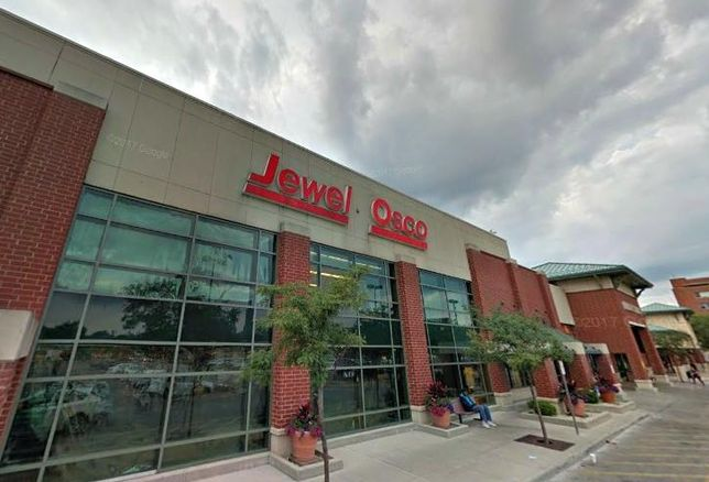 This Jewel-Osco shopping center at Roosevelt Road and Ashland Avenue was sold by the Illinois Medical District.