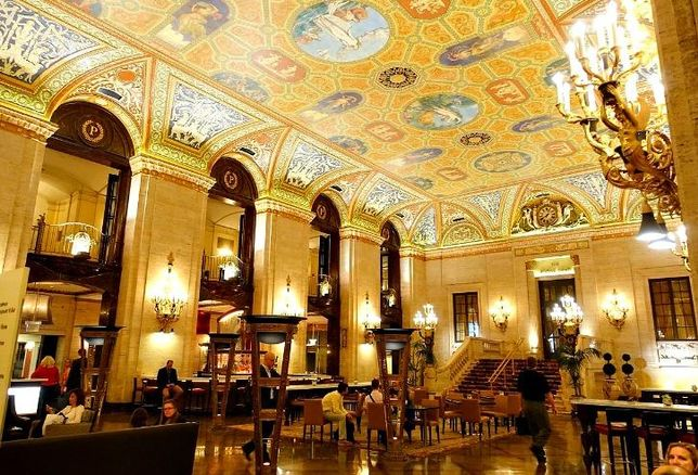 The lobby of the Palmer House Hilton, Chicago