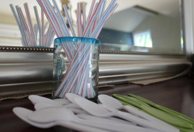 Seattle Becomes First Major City To Ban Plastic Straws, But Alternatives Are 'Crazy Expensive'