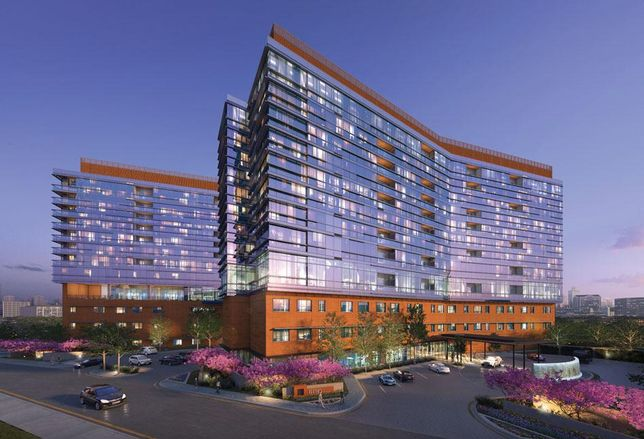 Luxury Senior Housing High-Rise Tops Out