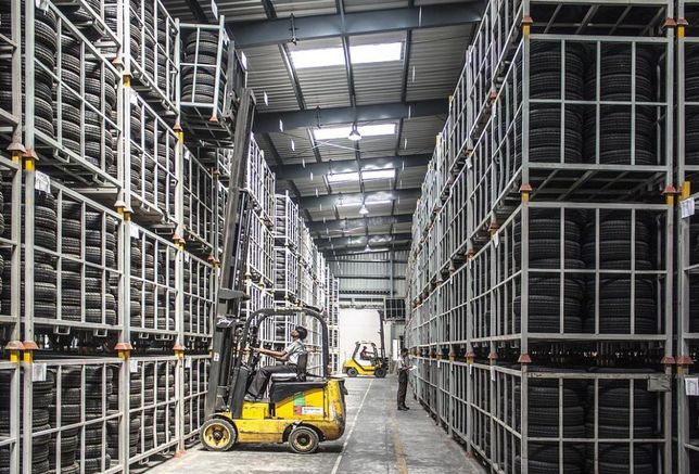 warehouse racking forklift logistics distribution