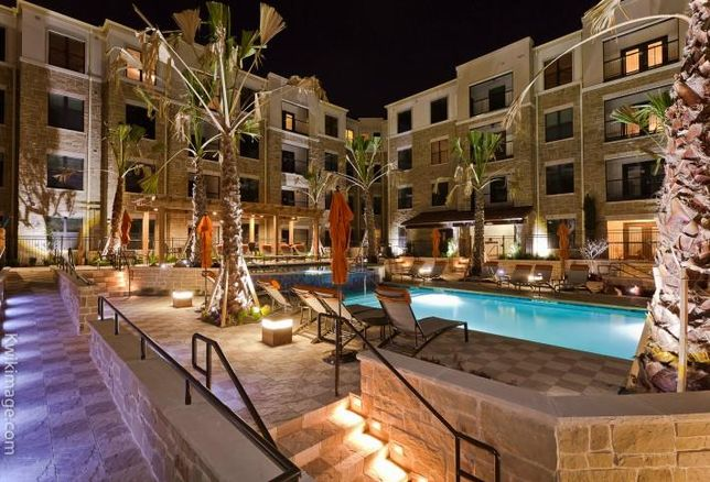 Pool area at a PegasusAblon multifamily property in Dallas/Fort Worth