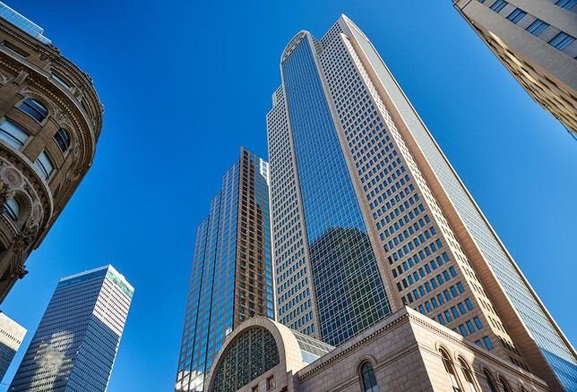 Comerica Bank Tower Gets New Loan