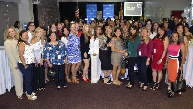 Real Estate Scholarship And Mentorship Program Targets Latinas In Houston