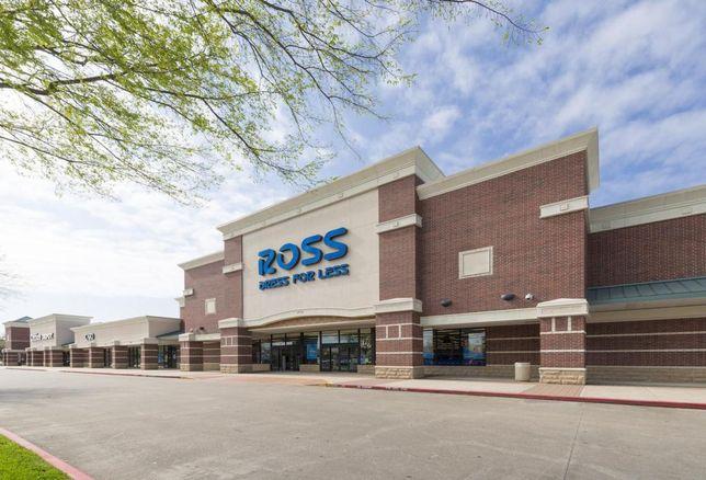 Fidelis Buys 866K SF Retail Portfolio In DFW And Houston
