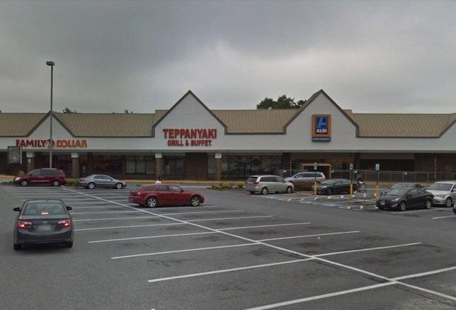 Enterprise Plaza Shopping Center