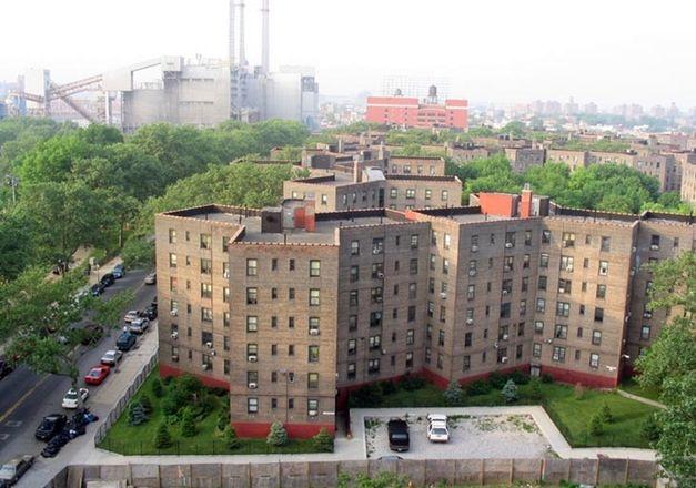 Queensbridge Houses Queens New York