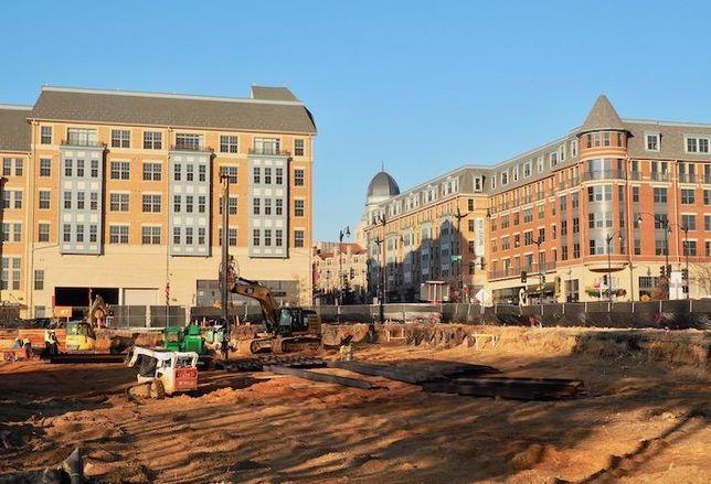 Monroe Street Market construction