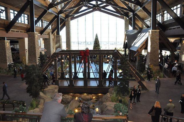 Massive Gaylord Rockies Resort Opens Near DIA