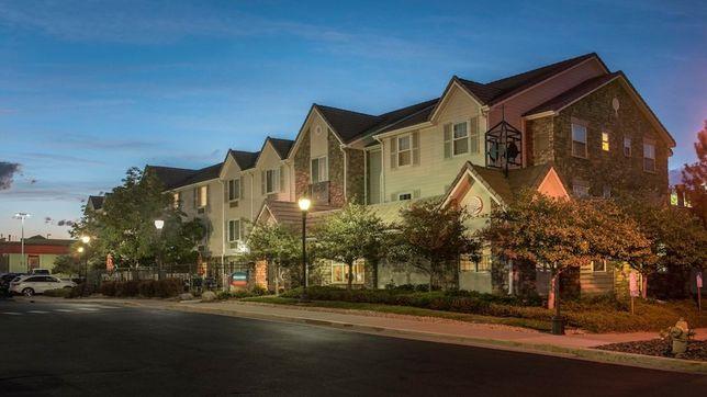 Sun Hill Properties Buys 2 Colorado Hotels