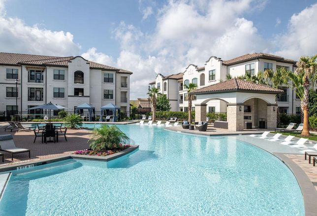 Property Changes Hands In Ultra-Competitive Multifamily Submarket