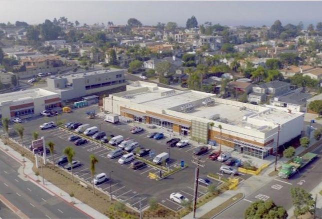 Paragon Commercial Group's Gelson's Shopping Plaza in Manhattan Beach
