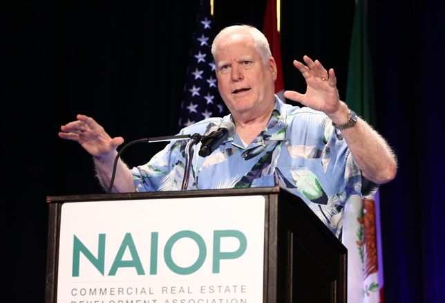 California Business Properties Association President Rex S. Hime speaks to more than 800 industrial professionals during a luncheon at NAIOP's I.CON Industrial Real Estate conference in Long Beach.