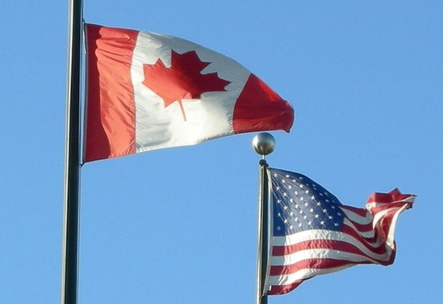Flags-of-usa-and-canada