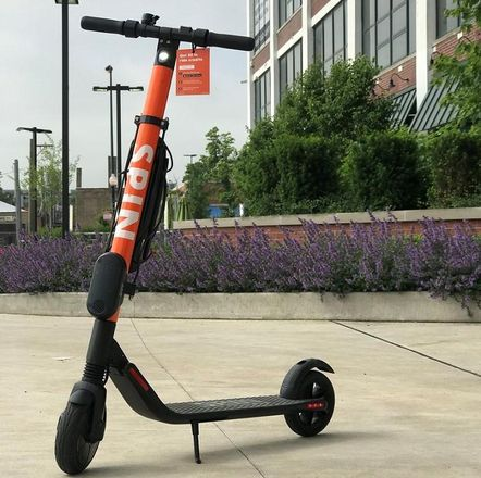 Scooters' Chicago Arrival Already Changing City Commutes