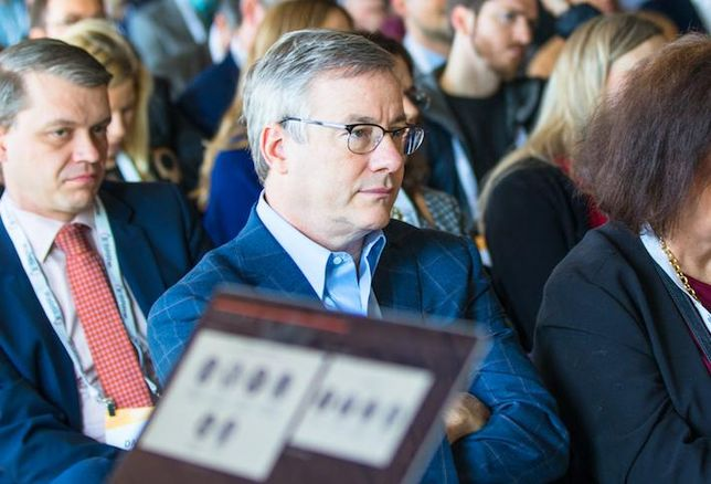 CoStar CEO Andy Florance in the crowd at a 2019 Bisnow event
