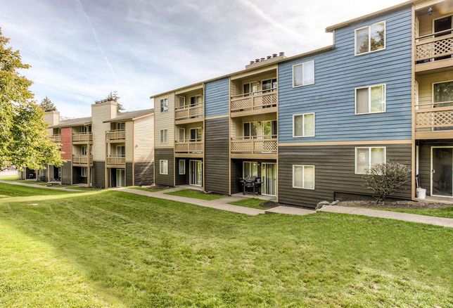Federal Way Apartment Building Changes Hands For $26.5M