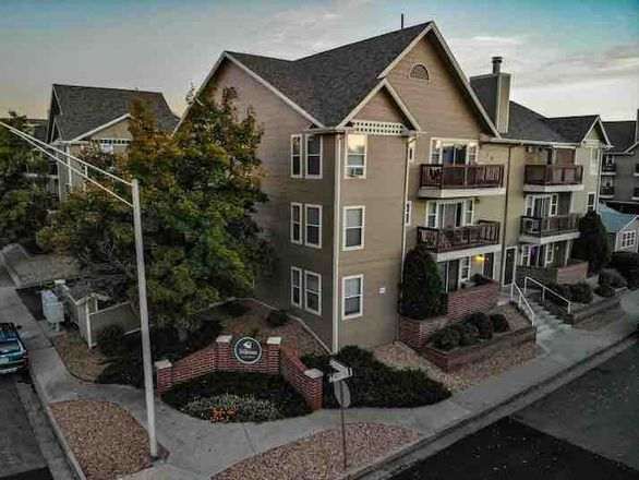 Pathfinder Partners Buys Littleton Apartment Complex