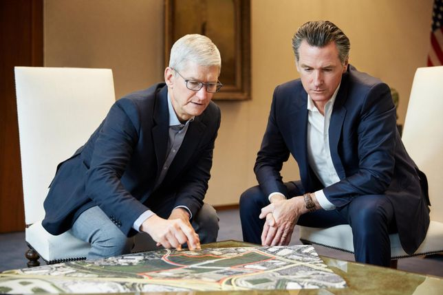 Tim Cook and Gavin Newsom