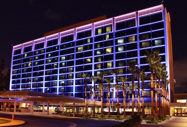 Disneyland Hotel in Anaheim