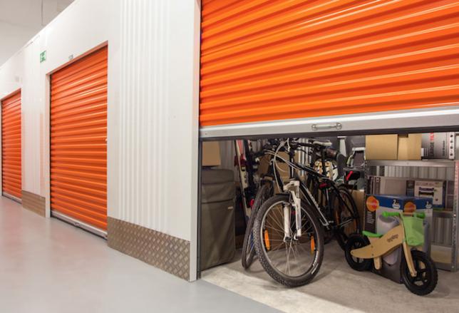 Public Storage, self storage