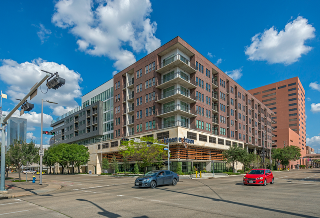 Eighteen25 Downtown Houston Multifamily