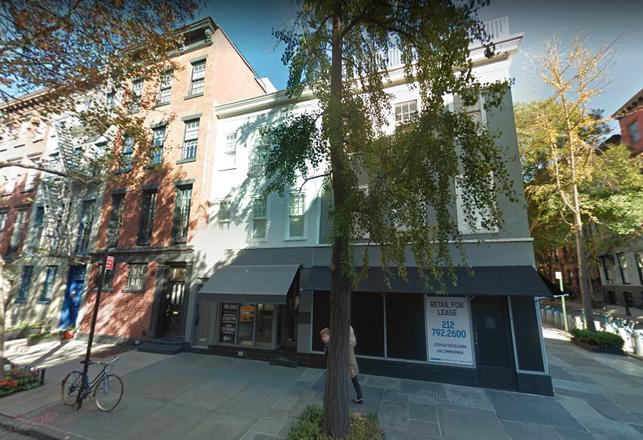 Manhattan Retail Rents Hit 17-Year Low, Signal Possible 'Retail Apocalypse'