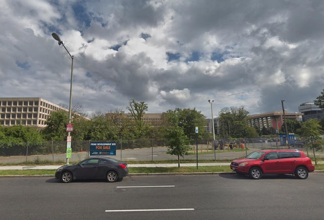 "The property at 12th Street and Independence Avenue SW, with a GSA for sale sign calling it a ""prime development site"""