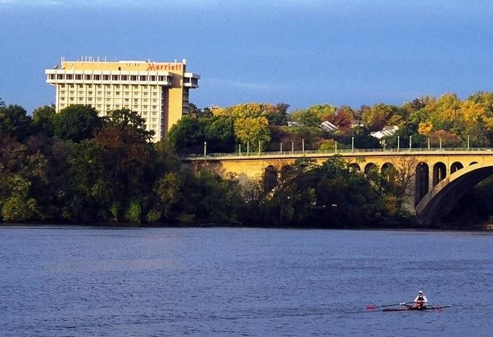 Plan To Add 3 Multifamily Towers To Rosslyn's Key Bridge Marriott Site Moves Forward