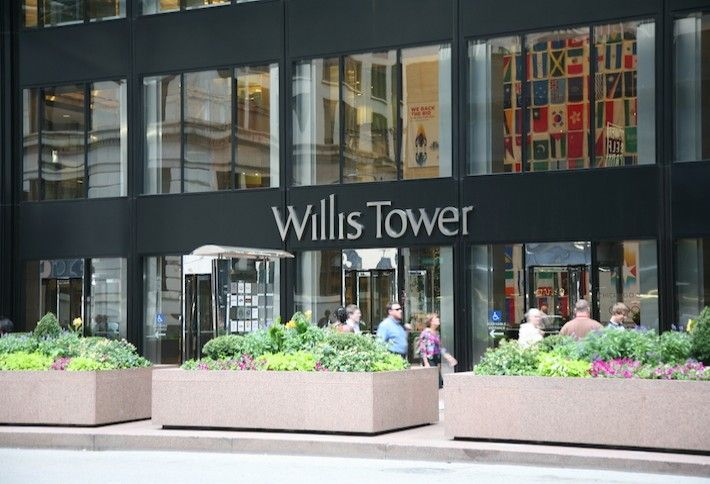 1) Willis Tower