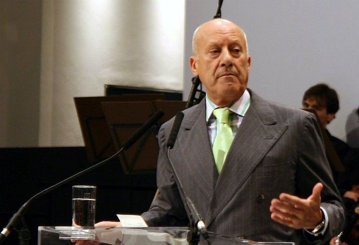 4. Norman Foster
